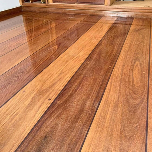 Assoalho de madeira ipê